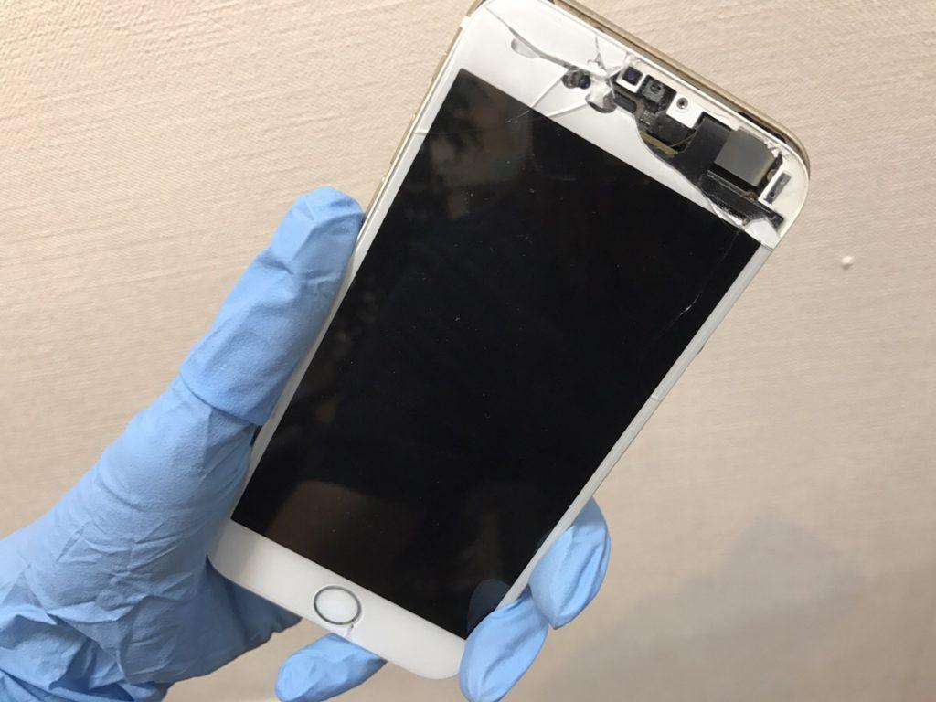 iPhone6sフロントパネル修理前.26/11/15