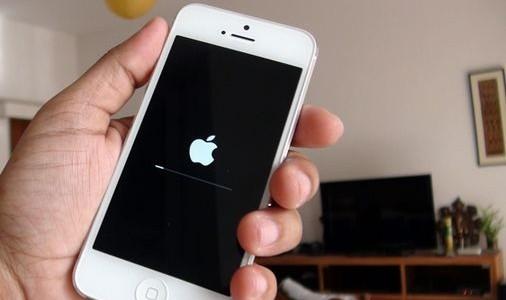 アイフォン修理報告【リカバリーモードからの復旧】