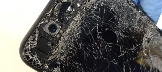iPhone7フロントパネル交換 札幌市北区より「車にひかれた・・・」